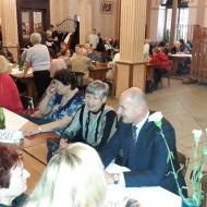 Hejtman Josef Bernard v hovoru s krajskou zastupitelkou zvolenou za KSČM Sašou Nágrovou z okresu Plzeň -sever